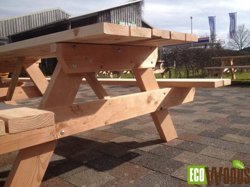 Grote picknicktafel met opklapbare zittingen