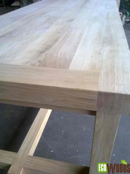 Eiken tafel 220 x 100 x 78 cm detail zijaanzicht